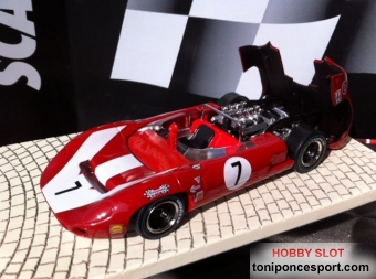 "Lola T70 Spider ""Surttes"" rojo Limited Edition"